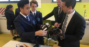 Simon Birmingham with students at Cecil Andrews College.