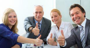 Queensland teachers support new pay-rise deal