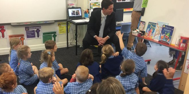 Education minister, Simon Birmingham at Windsor State School, Queensland