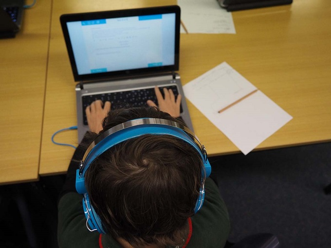 Photo of Schools continue transition to NAPLAN Online