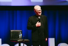 "Photo of Vale, Sir Ken Robinson, ""teaching is an art form"""